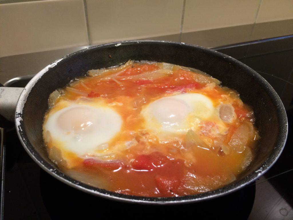 Tomate, Zwiebel, Ei