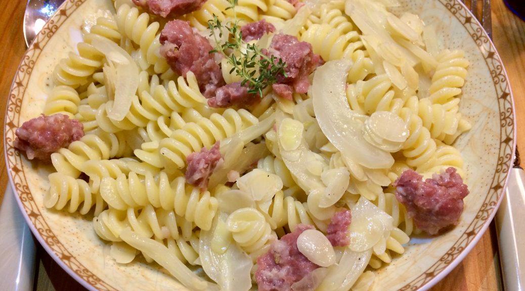 Fusili mit Salsiccia, Fenchel und Mandeln