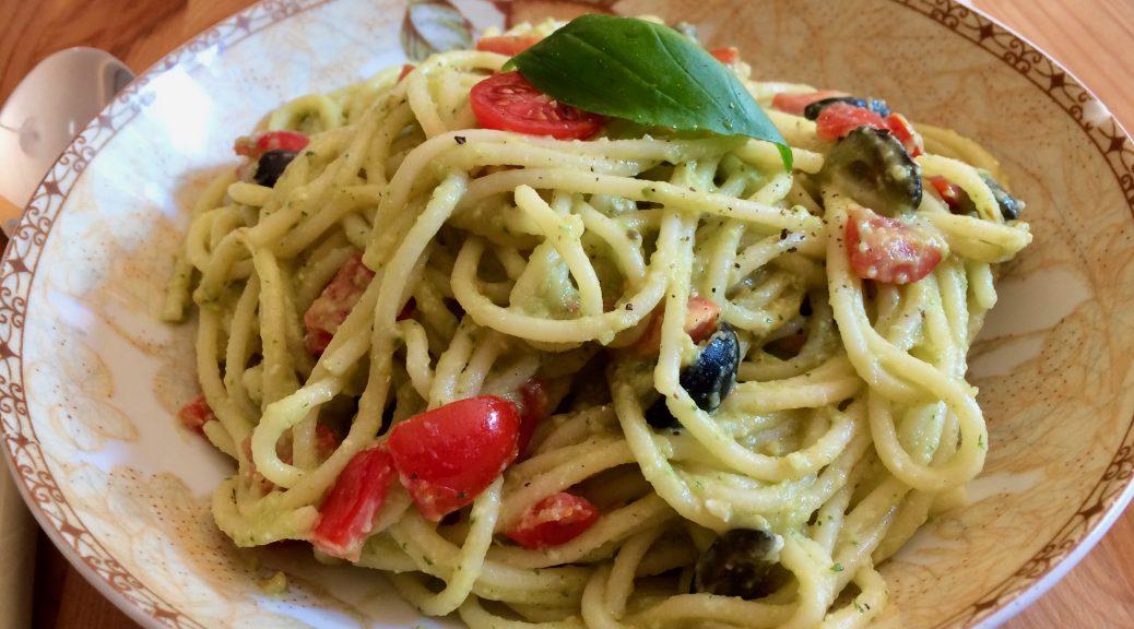 Spaghetti mit Avocadocreme