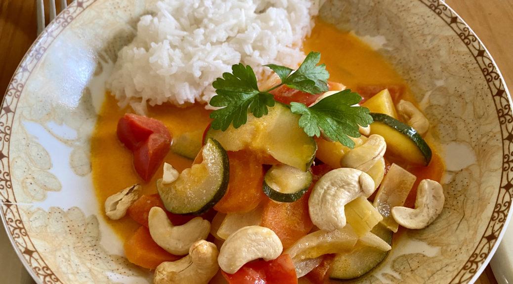Schnelles Gemüse Thai Curry